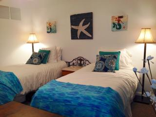 Waikiki Beach Studio (twin beds or king) - Nunavut vacation rentals