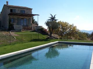 Bastide de Ninou - Viens vacation rentals