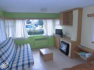 Mobil home 5 Pers. vue LAC SANS Vis A Vis - Novalaise vacation rentals