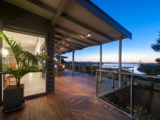 Tiroroa - Stunning Bay of Islands luxury home - Russell vacation rentals