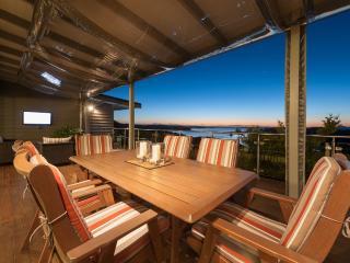 Tiroroa - Stunning Bay of Islands luxury home - Russell vacation rentals