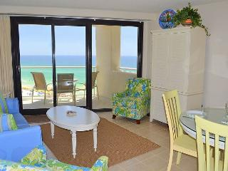 Cozy, clean, & budget-friendly - perfect for small families or 2 couples! - Miramar Beach vacation rentals
