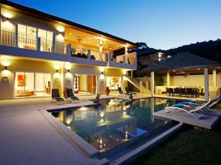AMBER: 7 Bedroom, Private Pool Villa near Beach - Nai Harn vacation rentals