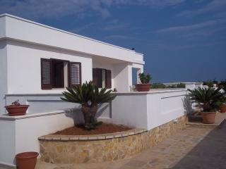 Villetta in campagna a 2 km dal mare (salento) - Tiggiano vacation rentals