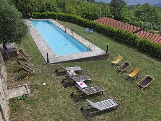 Bright 7 bedroom Farmhouse Barn in Cortemilia with Internet Access - Cortemilia vacation rentals