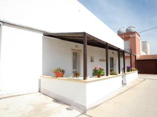 Casa Trinacria appartamento Ballotta - Rilievo vacation rentals