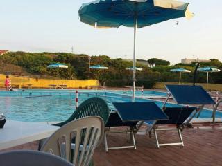 Villetta a schiera in un villaggio turistico - Platamona vacation rentals