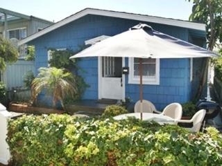 Mission Beach Cottage Steps From Sand - San Diego vacation rentals