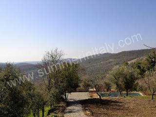 Charming 6 bedroom Montegiove House with Deck - Montegiove vacation rentals
