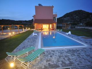 Beautiful 3 bedroom Faliraki Villa with Deck - Faliraki vacation rentals