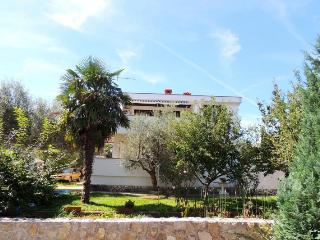 Gacina(1011-2211) - Vantacici vacation rentals