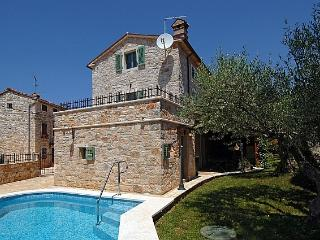 Lovely 4 bedroom House in Cervar Porat - Cervar Porat vacation rentals
