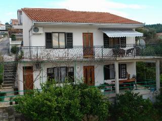 Romantic 1 bedroom House in Trogir - Trogir vacation rentals