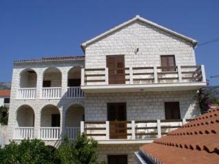 Cozy 2 bedroom Vacation Rental in Bol - Bol vacation rentals