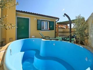Charming 3 bedroom Vacation Rental in Barbariga - Barbariga vacation rentals