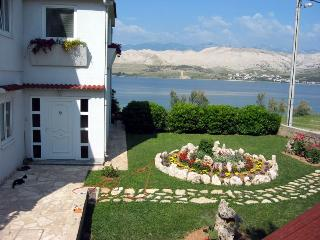 Lovely 1 bedroom House in Pag - Pag vacation rentals