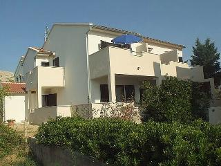 Cozy 2 bedroom House in Pag - Pag vacation rentals