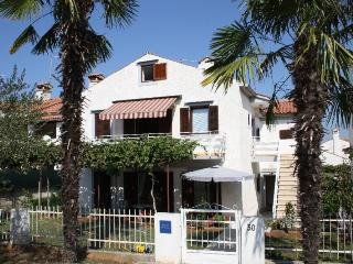 Nice 2 bedroom House in Porec-Kufci - Porec-Kufci vacation rentals