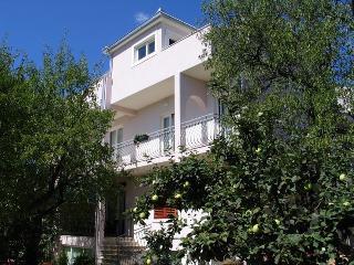 Apartmani Matea(2051-5280) - Makarska vacation rentals