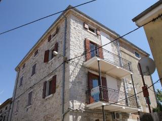 Bertuzzi Funtana(2085-5352) - Funtana vacation rentals