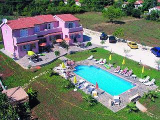 Grota(2087-5355) - Musales vacation rentals