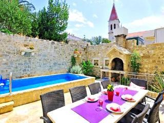vila with pool DELA(2198-5605) - Makarska vacation rentals