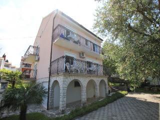 Nice 4 bedroom House in Porec - Porec vacation rentals