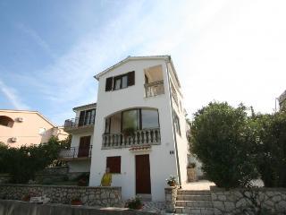 Romantic 1 bedroom House in Silo - Silo vacation rentals