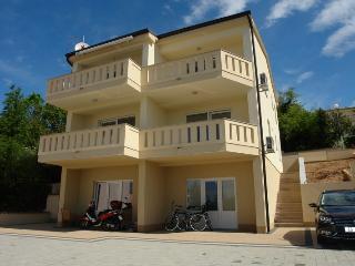 PETAK NOVI(2378-5973) - Dramalj vacation rentals