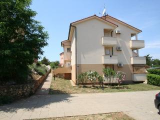 CRNJAK(2396-6022) - Soline vacation rentals