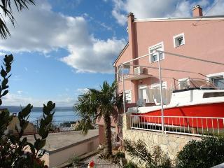 LUCIJA(2424-6098) - Crikvenica vacation rentals