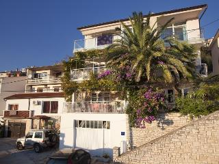 Nice 3 bedroom House in Rabac - Rabac vacation rentals