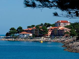 APARTMENTS PUNTA(496-3402) - Veli Losinj vacation rentals