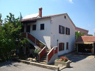 Zlatko(824-1704) - Malinska vacation rentals