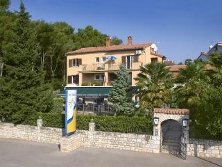 ARLEN(91-256) - Porec vacation rentals