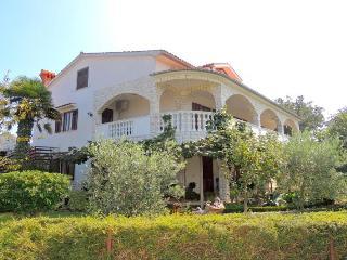 Drpic R.(971-6028) - Malinska vacation rentals