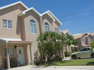 Townhouse for Rent - Long-term or short-term - Portmore vacation rentals
