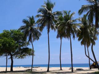 Cozy 2 bedroom Batticaloa Bungalow with Internet Access - Batticaloa vacation rentals