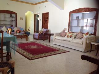 Gold Buddha room walk to yoga  KPJ, Green Lotus House - Mysore vacation rentals