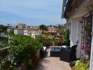 Appartement au port, terrasse, parking, vue mer - Nice vacation rentals