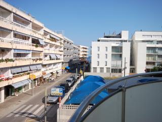 Nice 3 bedroom Tossa de Mar Condo with Internet Access - Tossa de Mar vacation rentals