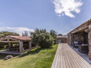 Bright 5 bedroom Vacation Rental in Porto-Vecchio - Porto-Vecchio vacation rentals
