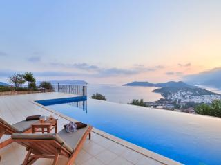 Penthouse The Grand, Kas - Kas vacation rentals