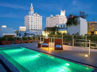 3 room Sanctuary next to Beach & Collins Ave - Miami Beach vacation rentals