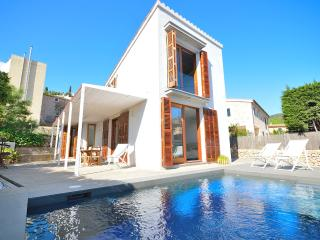 Townhouse with private pool in Pollensa (Meneta) - Pollenca vacation rentals