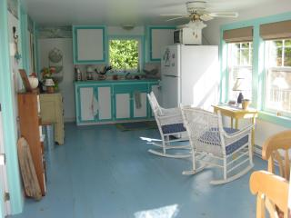 Charming Cottage with Deck and Alarm Clock - Grand Manan vacation rentals