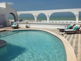 Los Arcos....Oceanfront Resort Villa with endless outdoor living. - Chelem vacation rentals