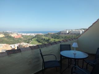 Superbe penthouse entre Marbella et Gibraltar - Puerto de la Duquesa vacation rentals