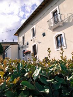 Nice 5 bedroom B&B in Arischia - Arischia vacation rentals