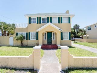 Daytona Goodall Cottage - Daytona Beach vacation rentals